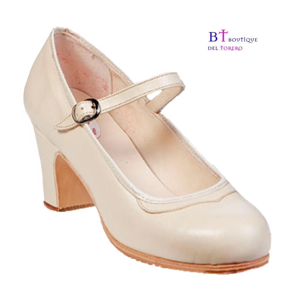 Zapato flamenco profesional color crudo tacón recto