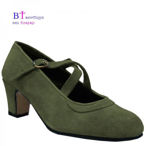 Zapato flamenca verde militar con dos correas cruzadas en piel